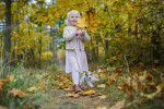 Barnfotografering i skogen